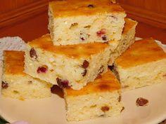 Gerdi süti: Kevert túrós Cornbread, Ethnic Recipes, Food, Gastronomia, Millet Bread, Essen, Meals, Yemek, Corn Bread