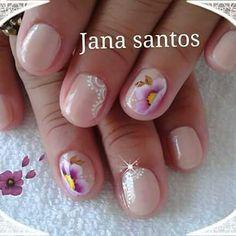 Unha delicada de Jana Santos. Sensitive nail by Jana Santos. Uña sensible por Jana Santos. Unghie sensibili di Jana Santos.