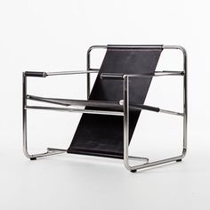 Eero Aarnio metal and material chair classic furniture icon chair Classic Furniture, Art Furniture, Modern Furniture, Furniture Design, Vintage Furniture, Contemporary Chairs, Modern Chairs, Modern Contemporary, Modern Design