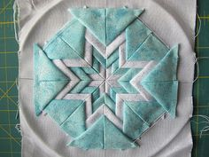 Guest Tutorial: Janet's Somerset Star Folded Card Decoration | SewHappyGeek