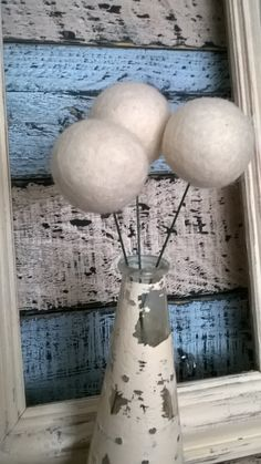 Felt Balls Flowers 4cm x 10 100% Wool Billy Button Balls Needle Felt Party Wedding Decoration Table Setting Ivory White by KaylasFindsAndMakes on Etsy