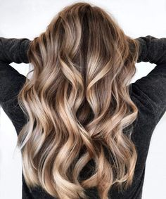Bronde Balayage, Bayalage, Hair Color Balayage, Bronde Haircolor, Blonde Hair Looks, Brown Blonde Hair, Light Brown Hair, Brown Hair With Highlights, Hair Color Highlights