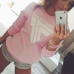 Your favourite PINKY #sweatshirt :) #trecgirl #stylizacja #stylizacje #moda #fashion #streetfashion #fitnessfashion #gymwear #gymclothes #pink #gymclothing #sportswear #trec #selfie #instapic #fitness #fit #polishgirl #pastelove #pastels #pastele #nails #collection #styl #style #instafit @jessjcv @trecwear @trecnutrition