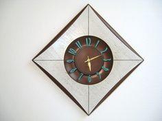 Brown & Blue...FAVORITE combo!      60s Mid Century Modern WALL CLOCK