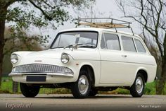 Ford Anglia estate Classic Cars British, British Sports Cars, Car Ford, Ford Trucks, Retro Cars, Vintage Cars, Automobile, Ford Anglia, Veteran Car