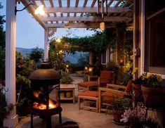 Outdoor Deck Decorating Ideas - Davotanko Home Interior Outdoor Rooms, Outdoor Gardens, Outdoor Decor, Outdoor Seating, Outdoor Pergola, Rustic Outdoor, Outdoor Fire, Outdoor Ideas, Gazebo