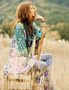 ╰☆╮Boho chic bohemian boho style hippy hippie chic bohème vibe gypsy fashion indie folk the . Boho Hippie, Hippie Style, Looks Hippie, Bohemian Mode, Boho Girl, Gypsy Style, Boho Gypsy, Bohemian Style, Hippie Masa