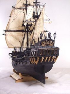 wooden-ship-model-kit-Black-Pearl-Pirate-of-Caribbean-.jpg (500×667)