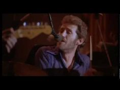 The Band - Up On Cripple Creek (Levon Helm Tribute) - The Last Waltz - love his voice!