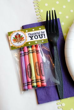 Free printable Crayon bag topper along with a Coloring Book or Pages for the kids table at Thanksgiving ! How Cute & Clever !