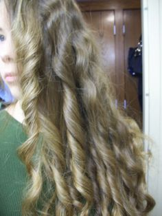 3 Ways To Curl Your Hair Overnight - T-Shirt Method for Tight Curls