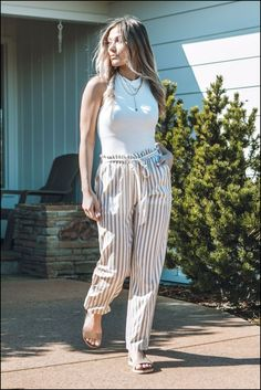breathtaking summer outfits to update your wardrobe page 27 Summer Workout Outfits, Stylish Summer Outfits, Spring Outfits, Chill Outfits, Rush Dresses, Casual Dresses, Saturday Outfit, Floral Maxi Dress, Fashion Outfits
