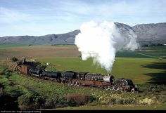 Locomotive Engine, Steam Locomotive, South African Railways, Sight & Sound, Steam Engine, Weird And Wonderful, The Past, Memories, Running