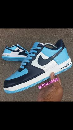 Nike Air Force 1 Outfit, Nike Force 1, Nike Shoes Air Force, Nike Shoes Blue, Blue Sneakers, Custom Vans Shoes, Custom Air Force 1, Jordan Shoes Girls, Fresh Shoes