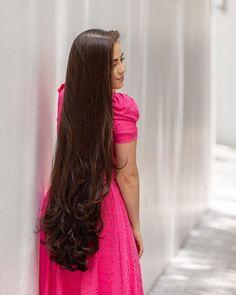 Loose Hairstyles, Indian Hairstyles, Pashmina Hijab Tutorial, Silky Hair, Beautiful Long Hair, Layered Cuts, Shoulder Length Hair, Female Images, Hair Lengths