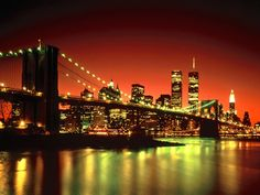 New York, a busy city with brilliant colors.