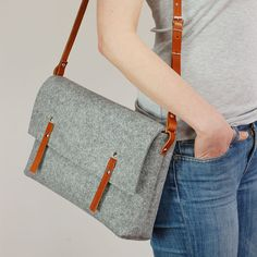 Felt bag with leather leather shoulder belt tote bag with by popeq