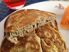 Pancake al grano saraceno ed erbe.