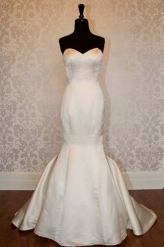 Simple Mermaid Sweetheart Sweep Train Satin Wedding Dress