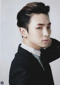 SHINee Key (Seriously absolutely gorgeous)