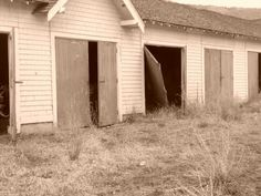 Tranquille abandoned town Personal Photo, Abandoned Places, Places Ive Been, Garage Doors, Shed, Outdoor Structures, Outdoor Decor, Photos, Home Decor