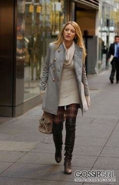 Find images and videos about style, gossip girl and blake lively on We Heart It - the app to get lost in what you love. Gossip Girls, Mode Gossip Girl, Gossip Girl Serena, Gossip Girl Outfits, Gossip Girl Fashion, Outfits Nachstylen, Classy Outfits, Fashion Outfits, Fall Winter Outfits