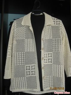 Рубашка-жакетик для тёплых осенних деньков. Модель связана по схемам из…