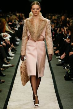 http://www.style.com/slideshows/fashion-shows/fall-2014-ready-to-wear/givenchy/collection/12