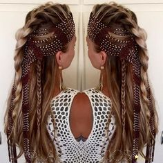 50 Half Updos for Your Perfect Everyday and Party Looks braided half up hairstyle for long hair Cool Braid Hairstyles, Best Wedding Hairstyles, Scarf Hairstyles, Down Hairstyles, Pretty Hairstyles, Hairstyle Ideas, Hairstyles Haircuts, Braided Half Up, Half Updo