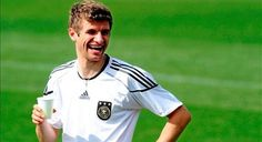 Bayern: Thomas Muller, el valor de la tranquilidad: http://www.elenganche.es/2012/05/bayern-thomas-muller-el-valor-de-la-tranquilidad.html#