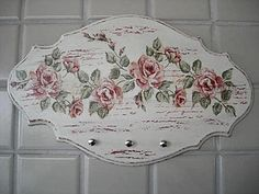 placa decorada Decoupage Vintage, Decoupage Wood, Shabby Chic Crafts, Vintage Shabby Chic, Tole Painting, Painting On Wood, Fun Crafts, Diy And Crafts, Mirrored Picture Frames