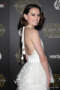 Force awakens hollywood premiere lainey gossip entertainment update