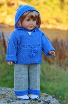 In the time between summer and winter ... when the sun heats but the shadows are cold - can you imagine a more perfect outfit for your doll? Design:Målfrid Gausel