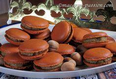 Macarons frangipane noisette  http://www.macaron-passion.com