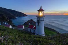 Stunning sea stacks, wildlife refuges, and rocky beaches make the Oregon coast breathtaking for today's visitors. For the ships that first began exploring the Winchester Mystery House, Vista House, Wooden Staircases, Spring Nature, Oregon Coast, Pacific Northwest, Places To Visit, Wildlife, Tours