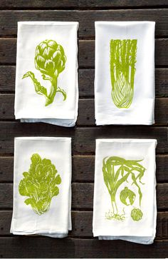 Kitchen Towels Set of 4 Green Vegetable Flour Sack Kitchen Towels por drenculture Silk Screen Printing, Printing On Fabric, Textiles, Fabric Stamping, Stamp Making, Tampons, Linocut Prints, Fabric Painting, Tea Towels