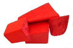 Corrado De Meo, A red shows its relations, brooch