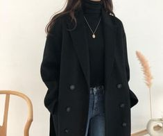 Uploaded by Lost Soul. Find images and videos about fashion, beautiful and style on We Heart It - the app to get lost in what you love. Korean Outfits, Mode Outfits, Retro Outfits, Cute Casual Outfits, Winter Fashion Outfits, Look Fashion, Autumn Winter Fashion, Fall Outfits, Fall Winter