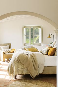 〚 Another magnificent old home returned to life in Spain 〛 ◾ Photos ◾Ideas◾ Design Boho Living Room, Living Room Decor, Bedroom Decor, Room Inspiration, Interior Inspiration, Indoor Canopy, Contemporary Barn, White Apartment, Prefabricated Houses