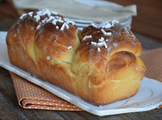 Treccione di pan brioche ripieno