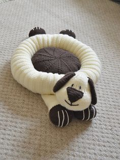 KNITTING PATTERN The DoggSnuggler Pet Bed or by KnittingByPost