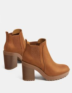 Stretch platform ankle boots with high heels - Shoes - Bershka United Kingdom Cute Ankle Boots, Platform Ankle Boots, High Heel Boots, Knee Boots, Heeled Boots, Bootie Boots, High Heels, Chuck Taylor Shoes, Red Sandals