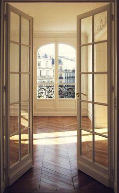 paris open doors
