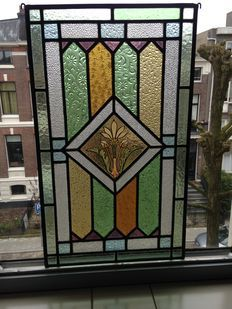 """Prachtige oude grote handgeschilderd gebrandschilderd glas-in-lood raamhanger van """"Bloemen"""" - 1920 jaar"""