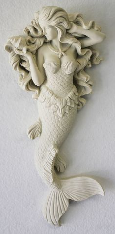 And I love it for my coastal home! Gorgeous mermaid, of beauty of the sea, wall figurine in off-white adds a bit of charm to your beach cottage or coastal themed room. Art Sculpture, Wall Sculptures, Brant Point Lighthouse, Cerámica Ideas, Mermaid Bathroom, Mermaids And Mermen, Mermaid Art, Fat Mermaid, Beach Cottages