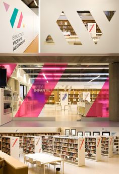 Vibrant new identity with wall & window graphics for Vicente Aleixandre library in Badia del Vallès, Spain. Designed by studio Txell Gràcia Office Graphics, Window Graphics, Environmental Graphic Design, Environmental Graphics, Wayfinding Signage, Signage Design, Showroom Design, Window Design, Wall Design