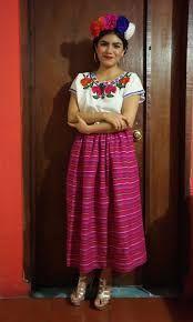 Frida 39 s clothes dia de los muertos pinterest jour des morts bullet journal et bullet - Deguisement frida kahlo ...