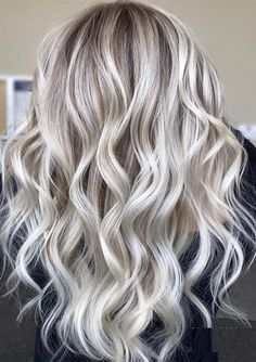 Just go through the given link and find amazing ideas of ice blonde balayage hair colors to show off in this year. We have brought here so many best styles of blonde balayage hair colors for real and cute look in Ice Blonde Hair, Golden Blonde Hair, Blonde Hair Looks, Brown Blonde Hair, Platinum Blonde Hair, Ash Blonde Balayage Silver, Blonde Hair With Silver Highlights, Blonde Hair With Color, Ashy Blonde Hair