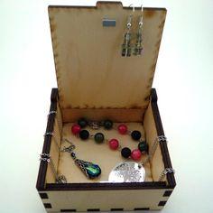 Caja de la baratija de madera, joyería pequeña, caja de joyería del árbol de la vida, láser corte de caja, caja de almacenaje de la joyería, caja de madera de árbol de la vida, organizador de la joyería por TheArtofCrystal
