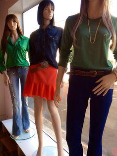 Vitrine Closet Mulher! Camisa, jeans, saia, alfaiataria, t-shirt e acessório  www.facebook/closetmulher